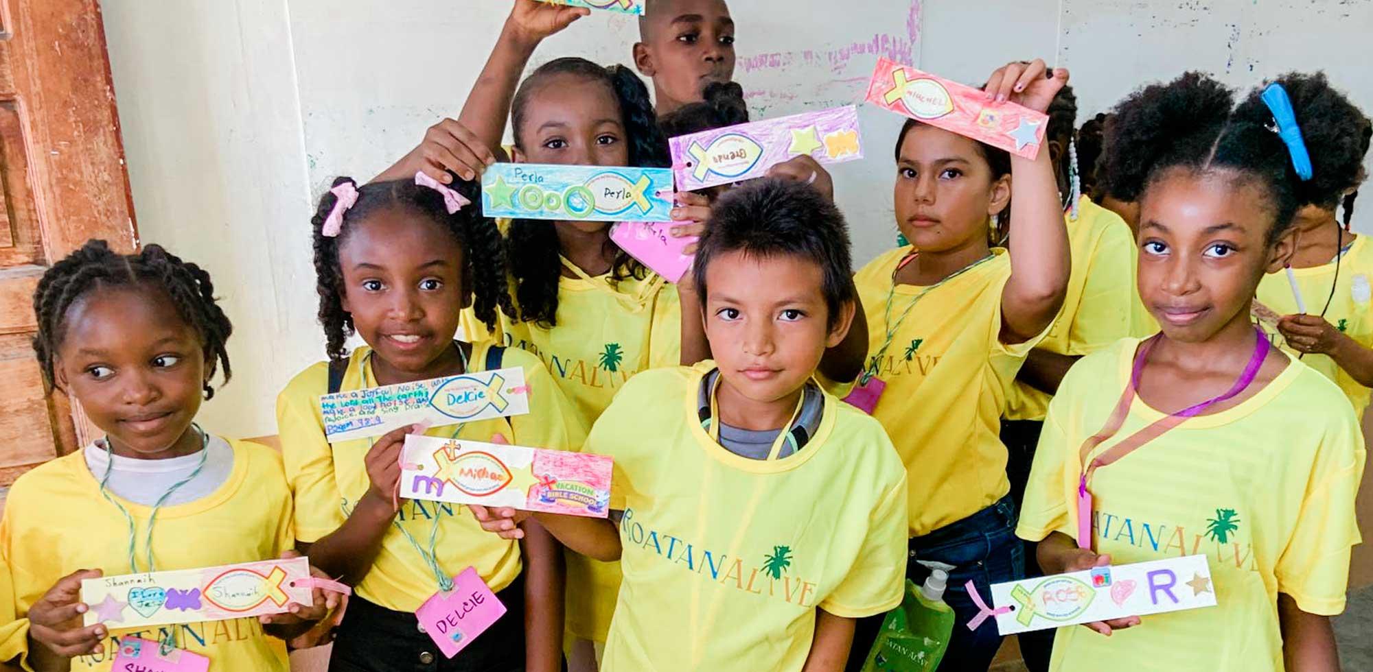 Kids in a classroom in Roatan, Honduras
